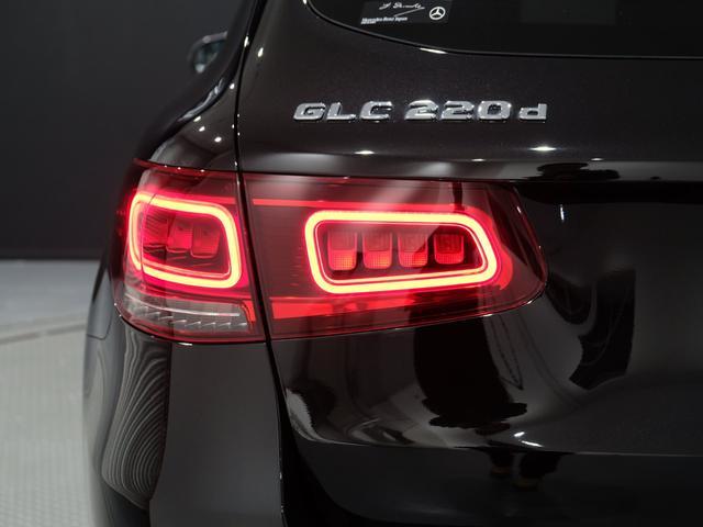 GLC220d 4マチック AMGライン パノラミックスライディングルーフ エクスクルーシブPKG 純正20インチAW ワンオーナー車(18枚目)
