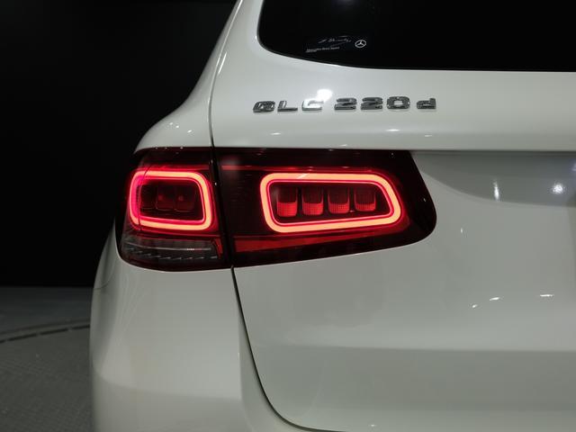 GLC220d 4マチック AMGライン パノラミックスライディングルーフ ワンオーナー車 車検・新車保証2023年4月まで(18枚目)