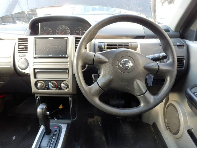 日産 エクストレイル S 4WD カブロンシート TV キーレス