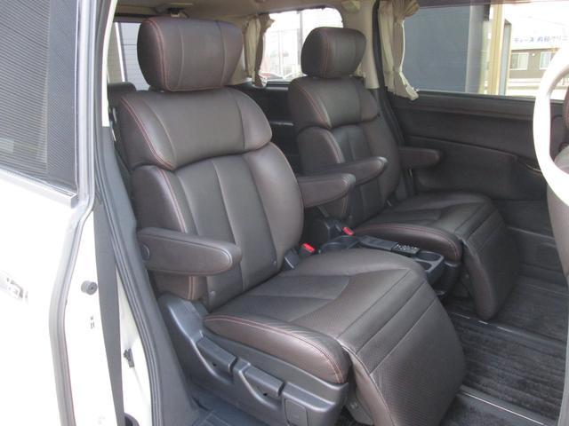 日産 エルグランド 350ハイウェイスタープレミアム 革シート Wサンルーフ