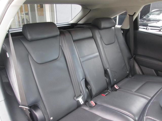 RX450hバージョンL 4WD 黒革 ナビTV 1オーナ(13枚目)