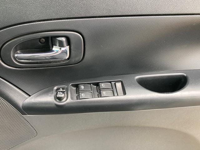 カスタムX 4WD キーフリー 社外CDオーディオ ETC 純正14インチAW HIDヘッドライト オートエアコン 電動格納ミラー パノラマオープンドア(27枚目)
