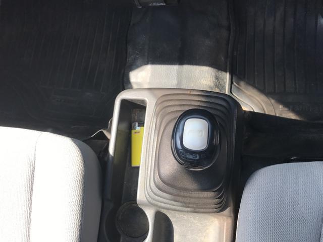 TB 4WD 5速マニュアル車(9枚目)
