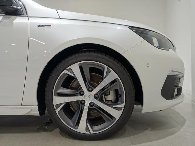 GT ブルーHDi 登録済未使用車 アップルカーアンドロイド パークアシスト アルカンタラシート スペアタイヤ(23枚目)