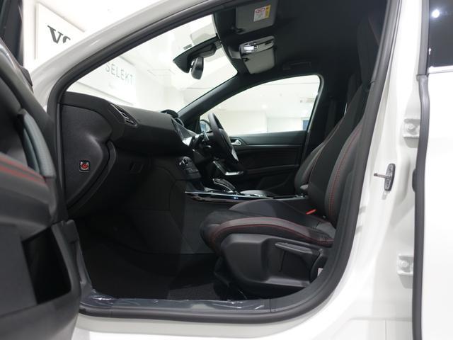 GT ブルーHDi 登録済未使用車 アップルカーアンドロイド パークアシスト アルカンタラシート スペアタイヤ(24枚目)