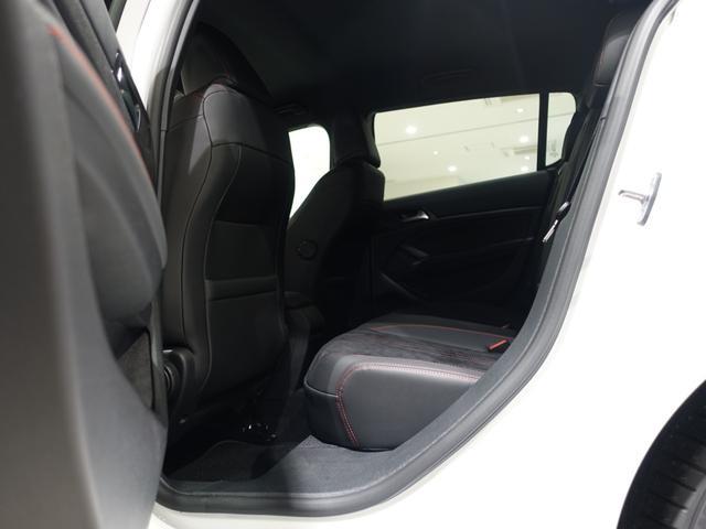 GT ブルーHDi 登録済未使用車 アップルカーアンドロイド パークアシスト アルカンタラシート スペアタイヤ(25枚目)