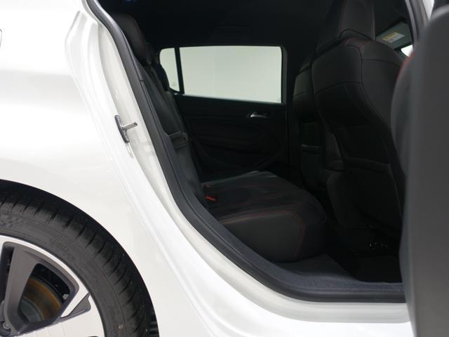 GT ブルーHDi 登録済未使用車 アップルカーアンドロイド パークアシスト アルカンタラシート スペアタイヤ(30枚目)