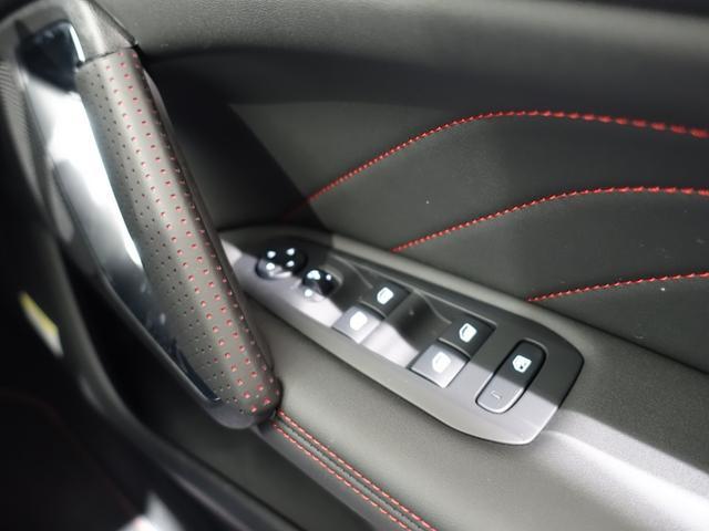 GT ブルーHDi 登録済未使用車 アップルカーアンドロイド パークアシスト アルカンタラシート スペアタイヤ(48枚目)