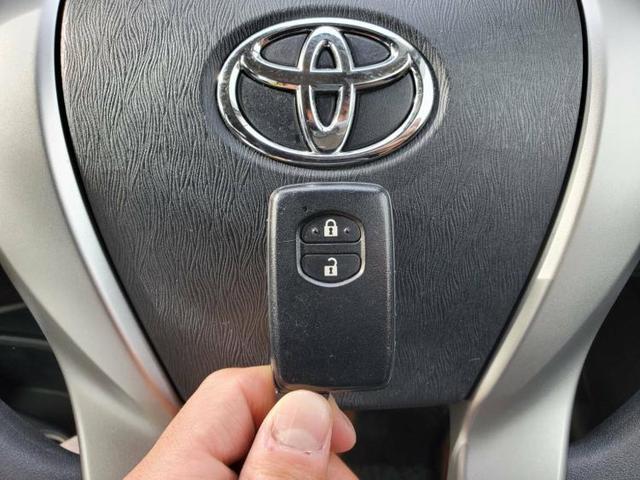 S 純正 7インチ メモリーナビ/ETC/EBD付ABS/横滑り防止装置/アイドリングストップ/TV/エアバッグ 運転席/エアバッグ 助手席/アルミホイール/パワーウインドウ/キーレスエントリー(13枚目)