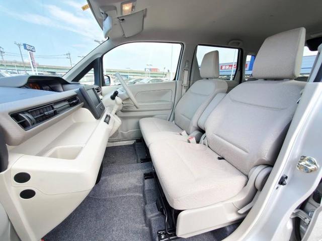 FX EBD付ABS/横滑り防止装置/アイドリングストップ/衝突安全ボディ/パワーウインドウ/キーレススタート/オートエアコン/シートヒーター 運転席/パワーステアリング/オートライト/盗難防止システム(6枚目)