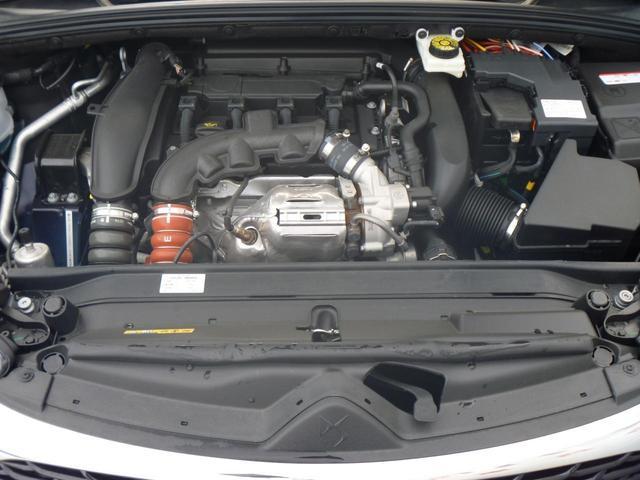 1.6L 4気筒ターボエンジンです。