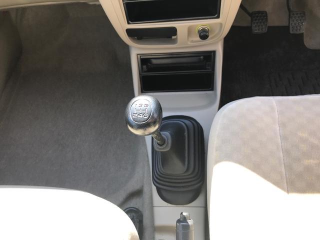 D 4WD 5速マニュアル(17枚目)