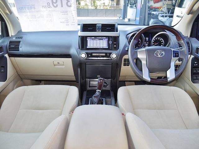 トヨタ ランドクルーザープラド TX LEDヘッドライト ウッドハンドル シフトノブ