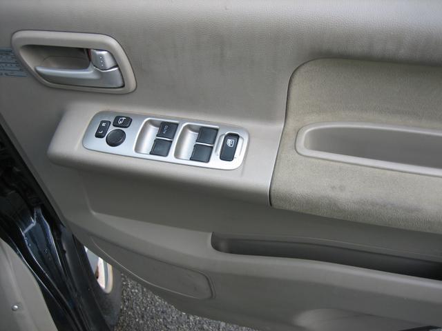 PZターボ 4WD 左側パワースライドドア(11枚目)