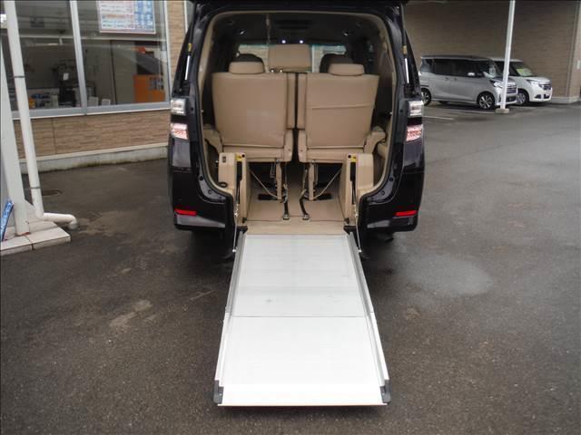 2.4V車椅子仕様車スロープタイプ2フルセグナビ後席モニター(14枚目)