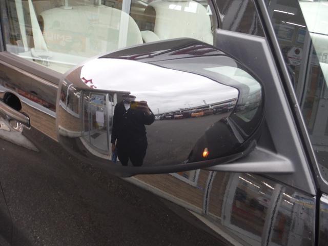 X エマージェンシーブレーキ アラウンドビューモニター オートエアコン サイドエアバック パワースライドドア 横滑り防止 ベンチシート スマートキー プッシュスタート 電格ミラー フロアマット(6枚目)