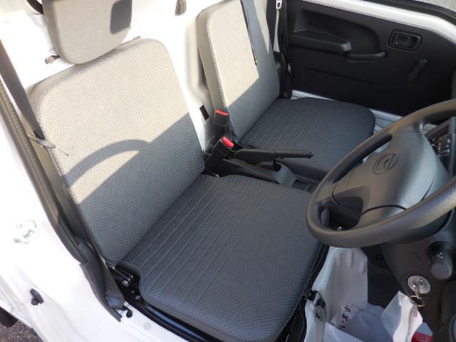 ダイハツ ハイゼットトラック スタンダード 4WD 4AT エアコンパワステ 純正用品5点