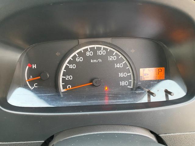 GL GL 4WD ワンオーナー 自社下取り車 5ドア オートマ 純正ナビ バックモニター ワンセグTV ETC キーレス パワーウインドウ バンパー同色 社外アルミ(27枚目)