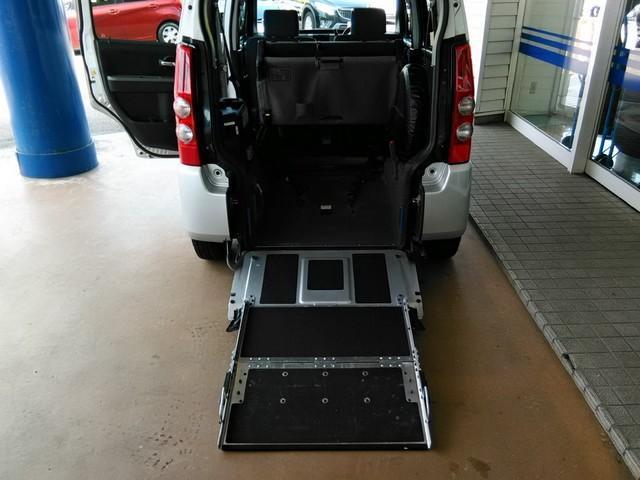 FA 車椅子移動車 車椅子移動車(16枚目)