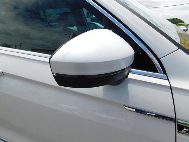 TSI Rライン ナビTV ダイナミックPKG LED 全方位カメラ 衝突軽減ブレーキ レーンキープアシスト ドラレコ 追従クルコン シートヒーター デジタルメーター 19AW ETC CD DVD USB SD BT(45枚目)