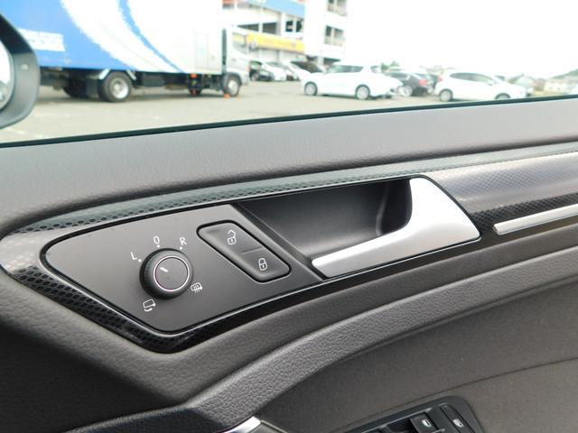 TSIハイラインブルーモーションテクノロジー メモリーナビ フルセグTV 追従クルコン 衝突軽減ブレーキ HIDオートライト ETC CD  DVD SD BTオーディオ USB AUX Rカメラ(19枚目)