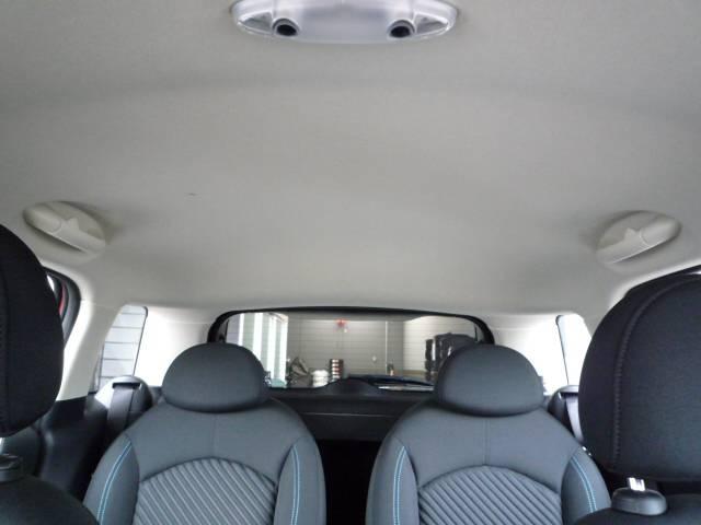 MINI MINI クーパーS クロスオーバー元試乗車 正規ディーラー認定中古車