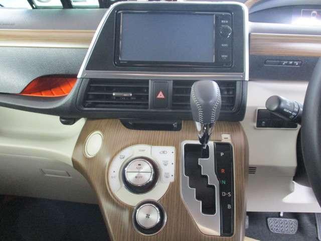 G 4WD 純正ナビフルセグ バックカメラ(8枚目)