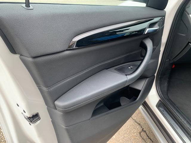 sDrive 18i xライン sDrive 18i xライン ハーフレザー コンフォートPKG インテリジェントセーフティ 純正18インチAW LEDヘッドライト 純正ナビ バックカメラ パワーバックドア Rシートスライディング付(22枚目)
