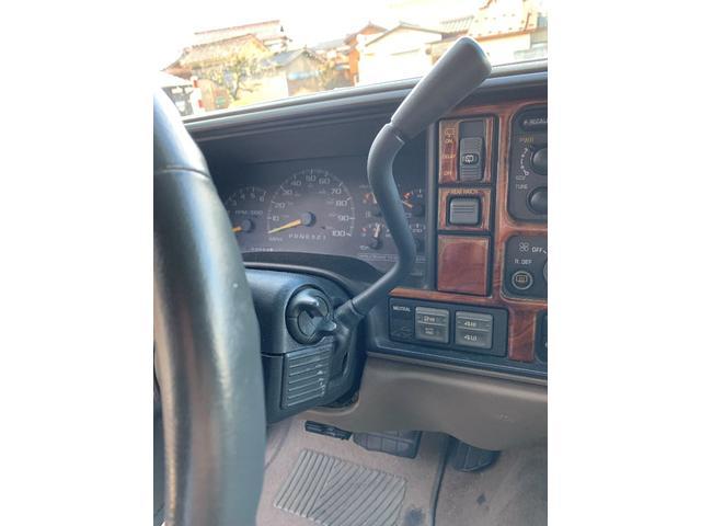 「シボレー」「シボレー サバーバン」「SUV・クロカン」「石川県」の中古車11