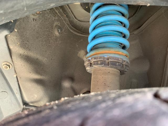1.2 8V ポップ チンクエチェント ビルシュタイン車高調 16インチOZホイール フルセグナビ キーレス デュアロジックミッション(オートシフト5速マニュアル)(21枚目)