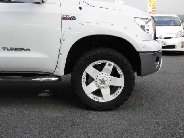 クルーマックス タンドラグレード5.7 V8 4WD(17枚目)