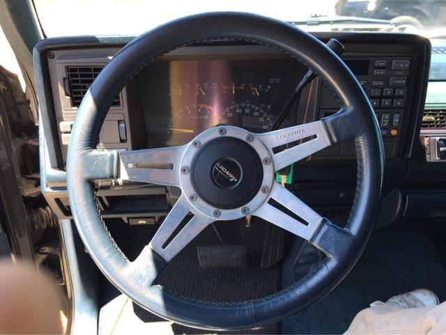 シボレー シボレー C-1500 EXキャブ 左H ローダウン トノカバー 革巻ステアリング