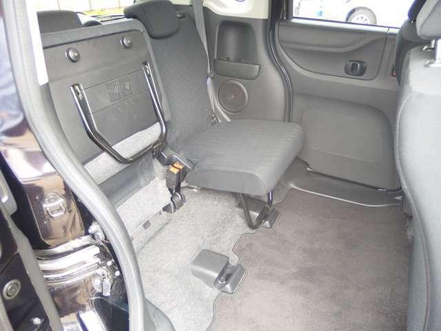 G・Lパッケージ 4WD 社外ナビ フリップダウン 両側PSD(11枚目)