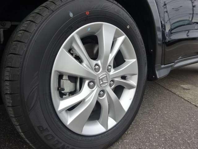 ハイブリッドX・ホンダセンシング 登録済未使用車 純正8インチナビ マット(9枚目)