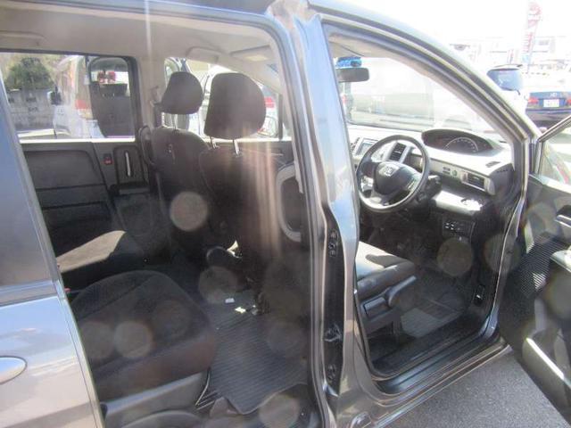 G ジャストセレクション 6人乗 禁煙車 両側自動ドア SDナビ ETC クルーズコントロール インテリジェントキー オートエアコン HIDライト(14枚目)