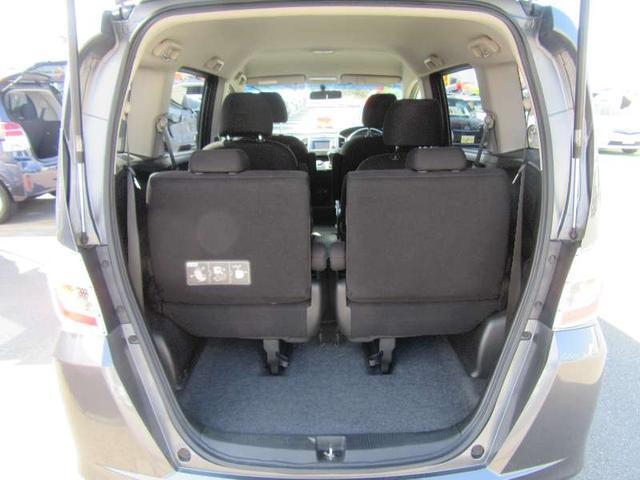 G ジャストセレクション 6人乗 禁煙車 両側自動ドア SDナビ ETC クルーズコントロール インテリジェントキー オートエアコン HIDライト(18枚目)