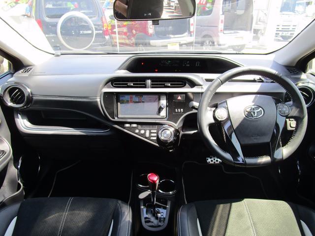 トヨタ アクア G G's フルセグHDDナビ 温熱半革シート LEDフォグ