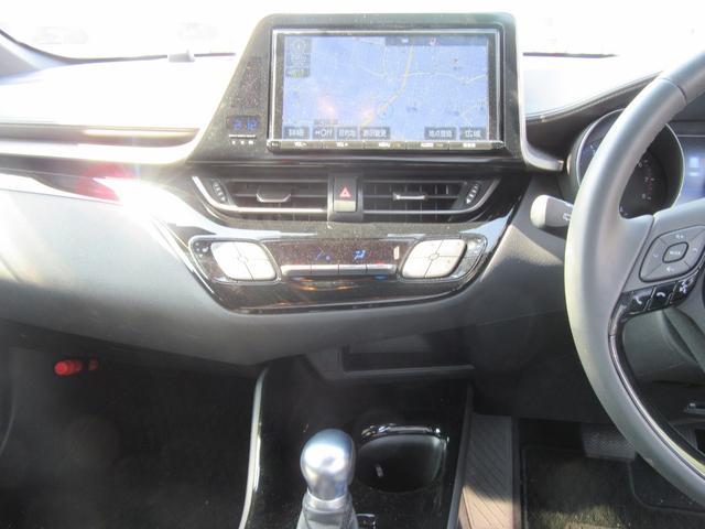 トヨタ C-HR G-T 4WD LEDライト SDフルセグナビ フルエアロ