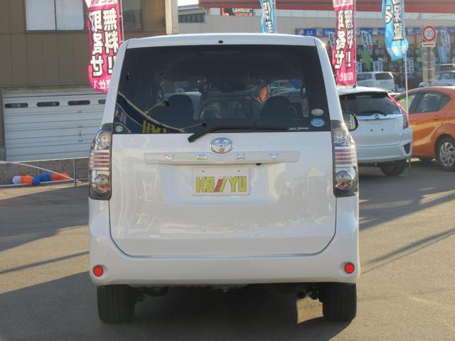トヨタ ヴォクシー X Lエディション4WD禁煙車HDDフルセグナビ両側自動ドア