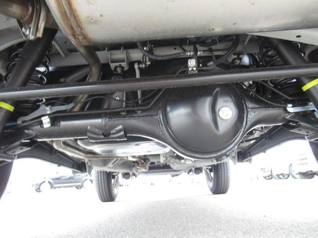 XC セーフティサポート AT車 届出済未使用車 GルックLEDデイライト付グリル 同色バンパー オーディオレス 横滑防止装置 シートヒーター クルコン スペアタイヤカバー ダウンヒルアシスト オートAC(35枚目)