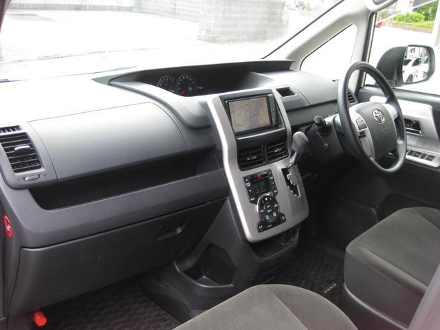 4WD 7人乗り 両側パワスラ ナビTV バックカメラ(14枚目)