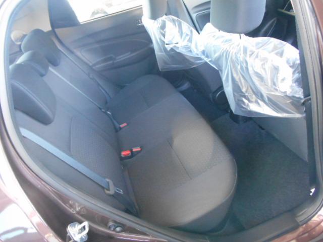 後席も安定感のあるシート。