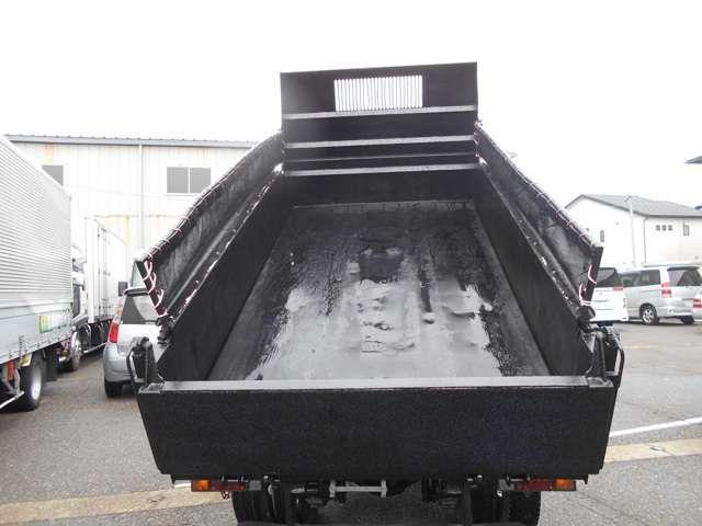 日野 デュトロ 3トン4ナンバー 極東全低床強化ダンプ 仕上済