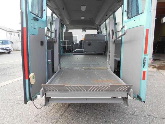 福祉車両 車いす移動車 10人乗り 総重量4190kg(9枚目)
