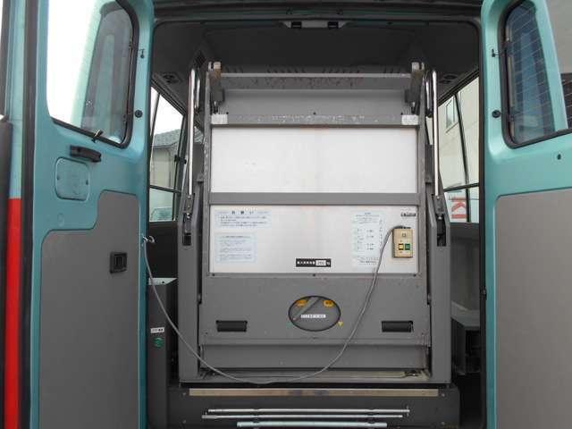 福祉車両 車いす移動車 10人乗り 総重量4190kg(10枚目)