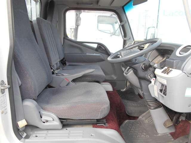 2トン セミロング 4WDカスタムグレード メッキパーツ(13枚目)