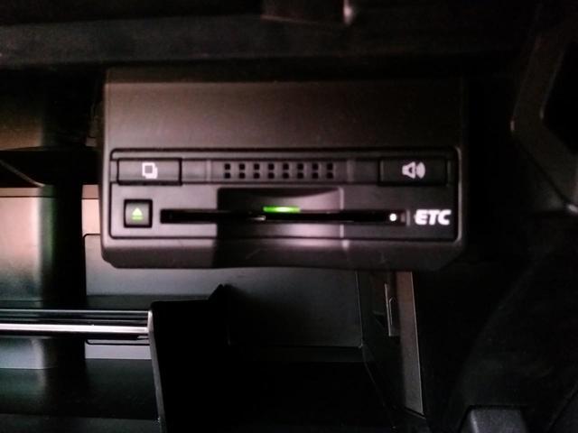 レクサス CT CT200h バージョンL HDDナビ 黒革 1オーナー
