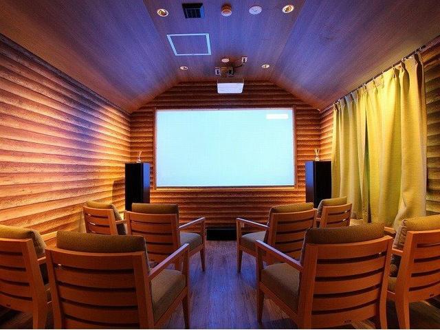 シアタールームも完備しております。思い切り遊んだ後に映画鑑賞もできます☆