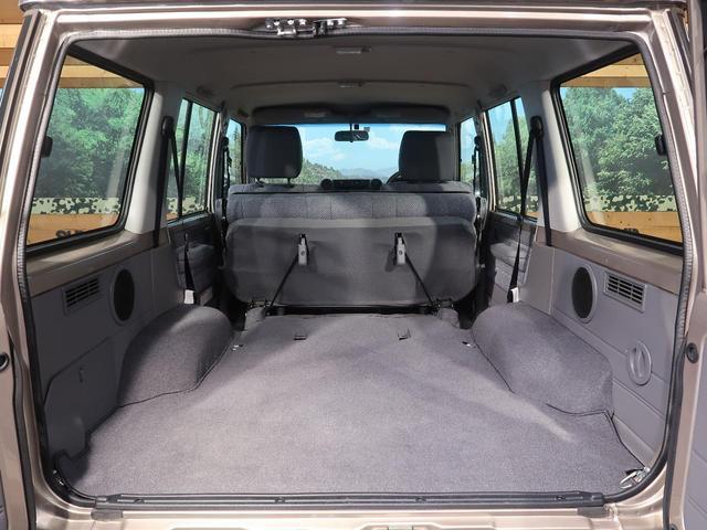 バン 5速MT 4WD ETC キーレス 背面タイヤ 純正16AW 電動デフロック パワーウィンドウ リアヒーター(14枚目)