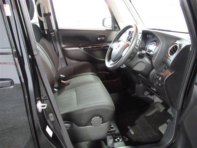日産 デイズルークス ハイウェイスターX 4WD